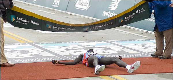 How not to end your PhD: Robert Cheruiyot slipped across the finishing line in the 2006 Chicago Marathon and had to be treated for internal bleeding.